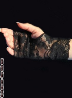 Women's Black Lace Fingerless Gloves - One size
