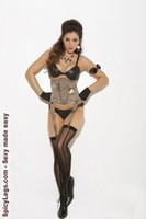 Waist cincher with hook and eye front