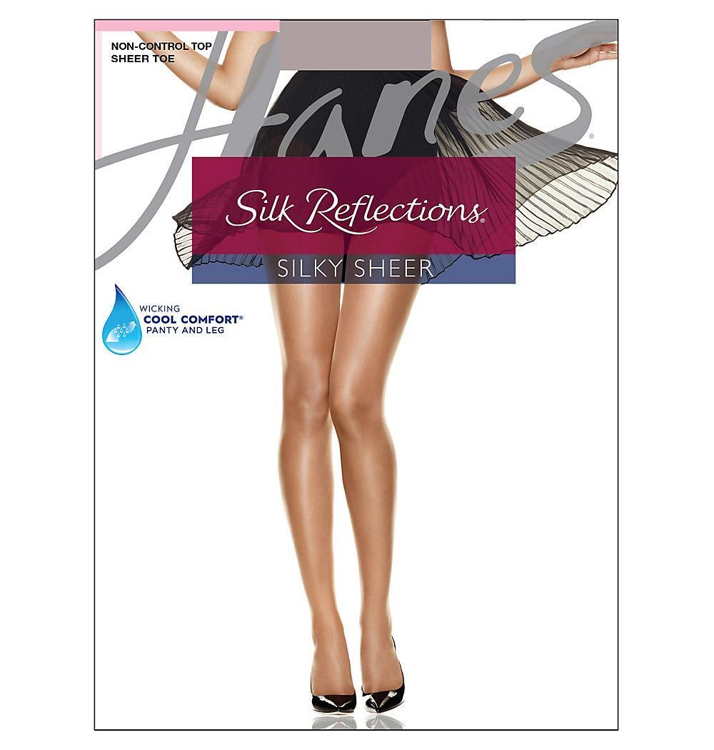 Hot Silk Reflections Nude Images