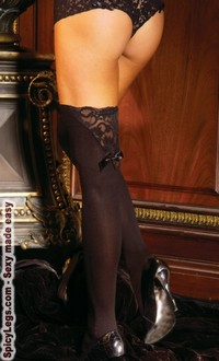 Thigh hi with a bow and lace trim
